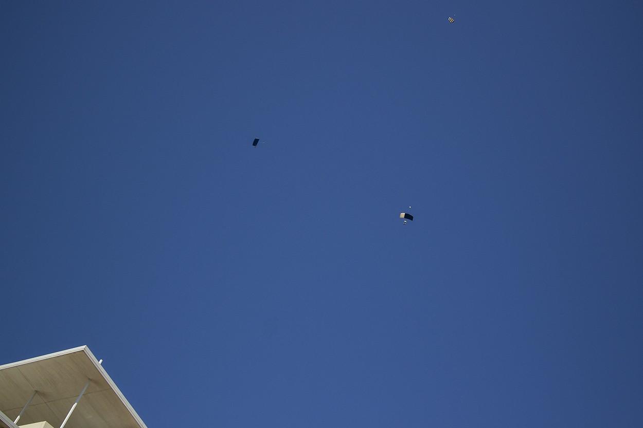 Parachute Edge