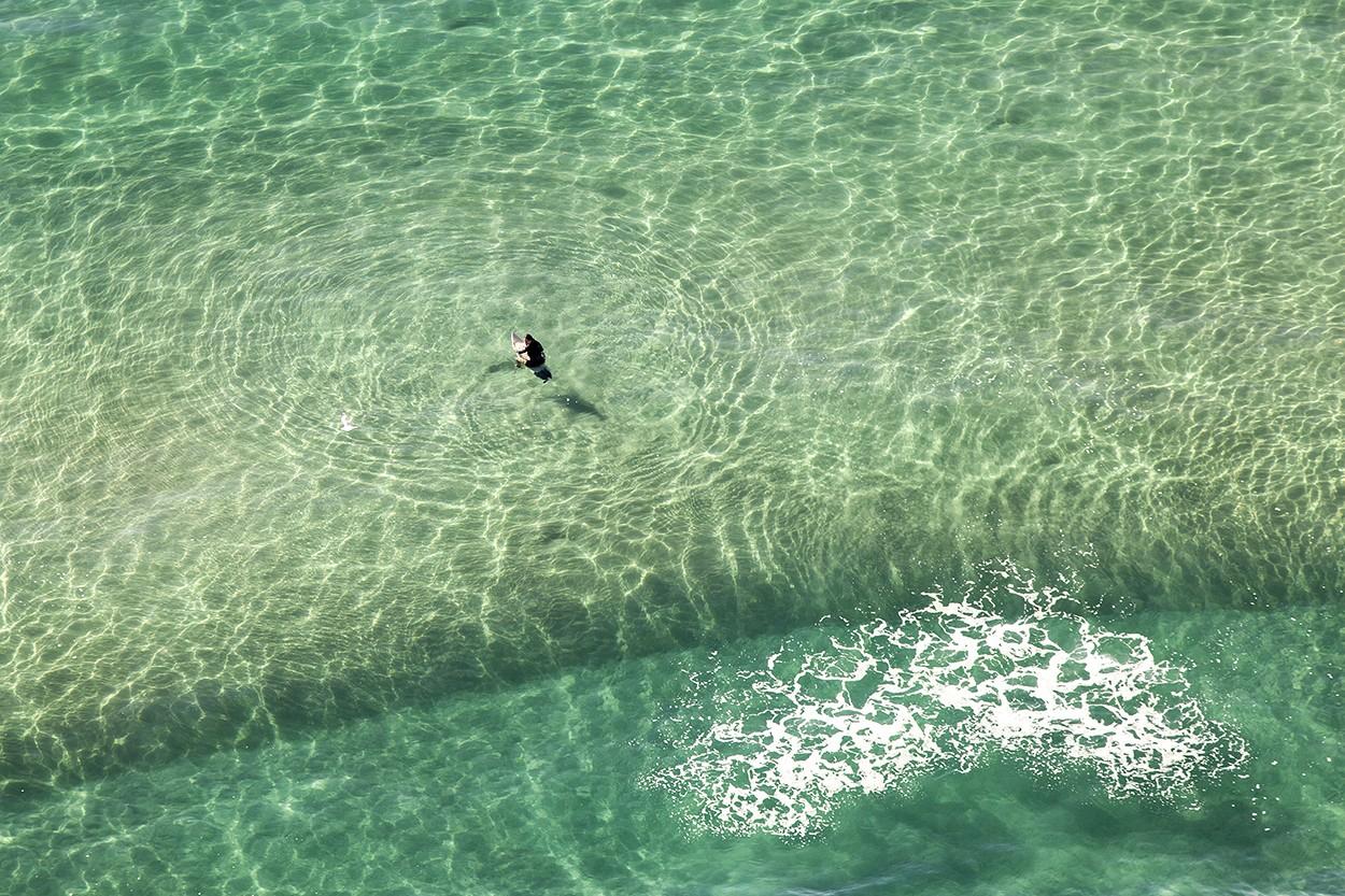 Surfing Wait